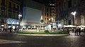Napoli - fontana del carciofo di notte.jpg
