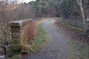 Neidpath Viaduct - Image: Neidpath viaduct (4)