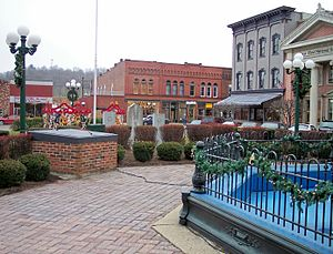 Nelsonville, Ohio - Downtown Nelsonville's public square in 2006
