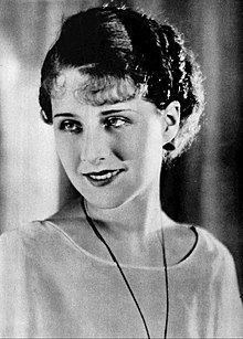 220px-Norma_Shearer_1926.jpg