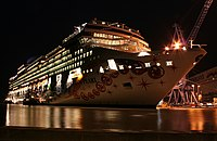 Norwegian Pearl in Papenburg, Germany.jpg