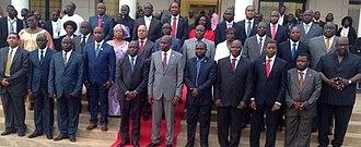 João Bernardo Vieira II - Image: Novo elenco governamental da Guiné Bissau