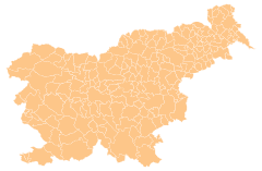Srednje Jarše is located in Slovenija