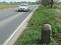 Old Milepost - geograph.org.uk - 1241736.jpg