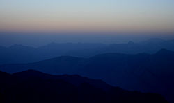 On way to Sar Pass- colours of the morning I IMG 7133.jpg