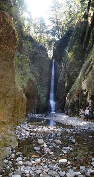 Oneonta Gorge - Image: Oneonta falls lower