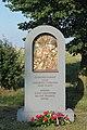 Opava, Milostovice, pomník legionářů (2019-08-14; 01).jpg