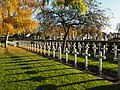 Oude Vestingstraat Heldenhuldezerkjes begraafplaats Veurne.jpg