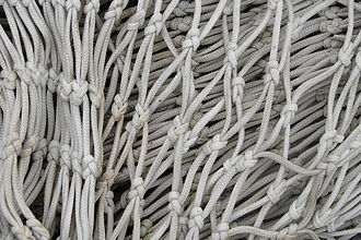 Sheet bend - A fish net made from sheet bends
