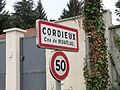 Panneau d'entrée à Cordieux.JPG