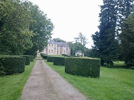 The chateau in Parigny