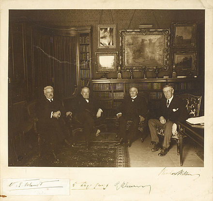 Paris Peace Conference 1919 big four.jpg