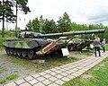 Parola Tank Museum 126 - T-72 M1 + KMT (37682194205).jpg