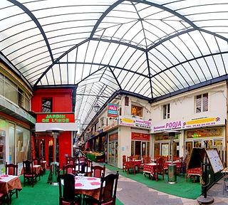 thoroughfare in Paris, France