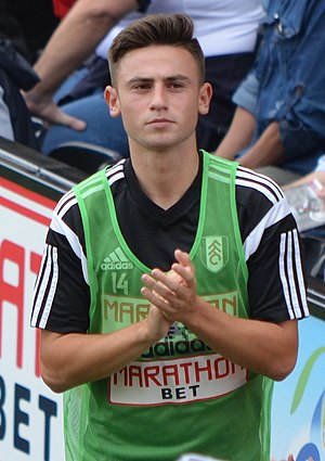 Patrick Roberts - Roberts warming up for Fulham in 2014