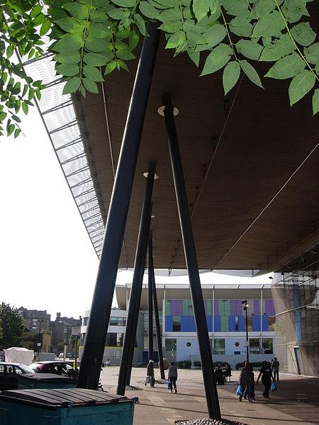 File:Peckham library columns.jpg