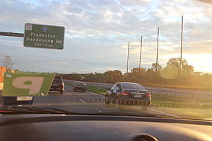 Peninsula Link - Driving northbound on Peninsula Link before the Frankston-Dandenong Rd Exit