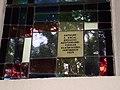 Pfarrirche St Gebhard, Holzackergasse 2, Bregenz-Rieden, Glasfenster Signatur.JPG