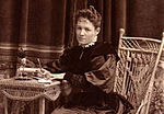 Photograph of Grace Hudson, c. 1895.jpg