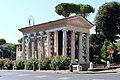 Piazza del Bocca della Verità - panoramio (1).jpg