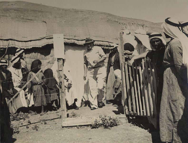 תחנת אנטי מלריה בחולה