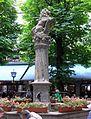 Platzl 9 Brunnen im Biergarten im Hofbraeuhaus Muenchen-1.jpg