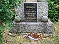 Pomník obětem světových válek v Úholičkách (Q66565064) 03.jpg
