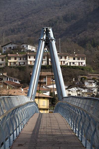 File:Ponte pedonale Vobarno 2.jpg