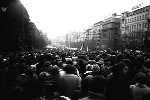 Stuha - People on the Wenceslas Square in Prague, two days later 2é.11. 1989