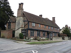 Whitchurch, Buckinghamshire - The Priory Hotel (15th and 16th century)