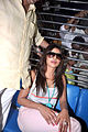 Priyanka board train from Marine Lines station 03.jpg