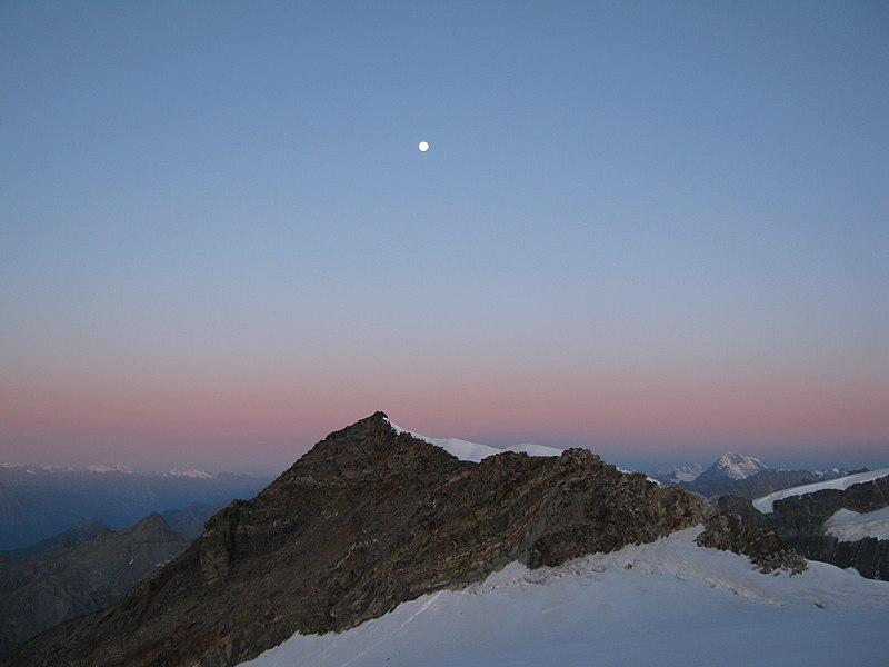 File:Punta Perazzi - panoramio.jpg