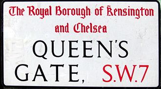 Queen's Gate - Street sign
