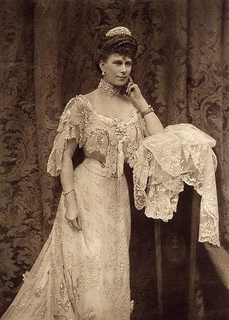 Alice Hughes - Image: Queen Mary 1905