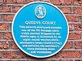 Queens Court blue plaque (25th September 2010).jpg