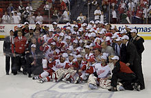 Photographie des Red Wings champions de la Coupe Stanley