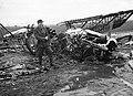 Repülőtér bombázás után. Breguet 19-es közel-felderítőgép maradványai. Fortepan 16166.jpg