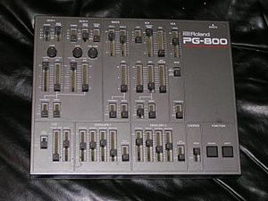 Roland JX-8P - PG-800 Synthesizer Programmer.