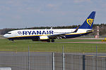 Ryanair, EI-FRI, Boeing 737-8AS (26774727316).jpg