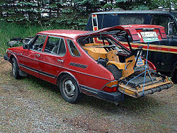 Not a fastback: a combi coupé or hatchback like this Saab 900 can be confused with a true fastback