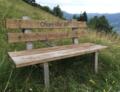 Sachseln Sitzbank «Chum sitz ab».png