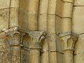 Saint-Amand-de-Coly église chapiteaux.JPG