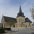 Saint-Onen-la-Chapelle (35) Église 02.jpg