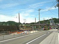 Sanbashi-dori-5chome-tramstop-Whole-view.jpg