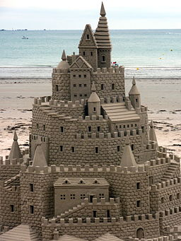 Sandcastle sculpture (4856466479)