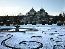 Schönbrunn 20081122 045 Palm House Parterre at first snow sm.jpg