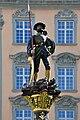 Schaffhausen - Fronwagplatz - Landsknechtbrunnen 2010-05-31 16-18-00 ShiftN.jpg