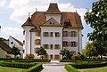 Schloss Aesch von Osten mit Springbrunnen wiki.jpg