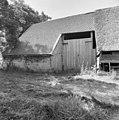 Schuur, linker zijgevel met ingang - Rouveen - 20001826 - RCE.jpg