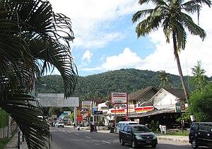 Senggigi - High Street of Senggigi, northern part